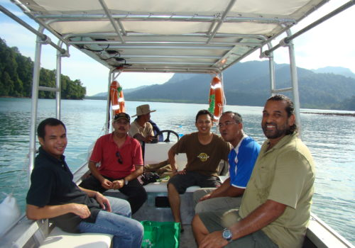 https://www.junglewalla.com/langkawi-mangrove-cruise-swimming/
